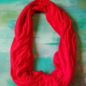 Accessories - 🧚‍♀️4/$20 Infinity red blanket scarf